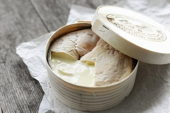 Vacherin Mont d'Or chaud